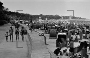 Ostsee Standkörbe 1970 | Beach chairs at the beach 1970