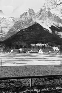 Blick auf die Häuser von Grainau