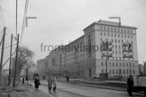 Bau der Stalinallee Ostberlin 1952   Building Stalinallee East Berlin 1952