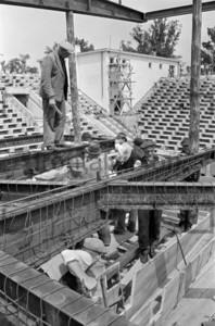 Bau des Schwimmstadion Swim Stadium Berlin 1951
