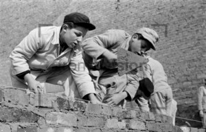 Junge Handwerker, Maurer Azubis 1953 Berlin