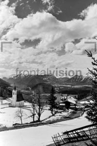 Kirche Mösern Oberinntal 1956