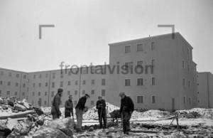 Kriegsende Wiederaufbau Wohnungen | End of war Reconstruction buildings