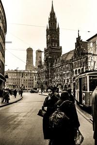 München 1956: Marienplatz, Frauenkirche, Rathaus