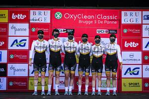 MULTUM ACCOUNTANTS LADIES CYCLING TEAM: Oxyclean Classic Brügge - De Panne 2021 - Women