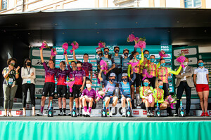 TEAM SD WORX, TREK - SEGAFREDO, ALE BTC LJUBLJANA: Giro Donne 2021 – 1. Stage