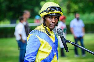 PEDROSA Eduardo: Horse Race Course Hoppegarten