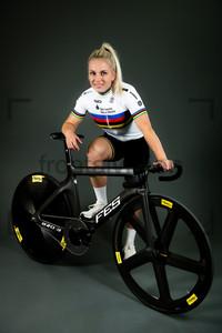 HINZE Emma: Fotoshooting Track Team Brandenburg 2020 - Cottbus