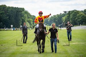 PANOV Wladimir: Hoppegarten - Renntag des Berliner Sports