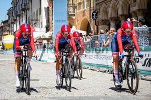 CERATIZIT - WNT PRO CYCLING TEAM: Giro Donne 2021 – 1. Stage