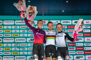 VOLLERING Demi, VAN DER BREGGEN Anna, BROWN Grace: Giro d´Italia Donne 2021 – 4. Stage